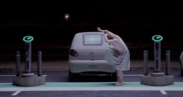 The-Cars-of-Black-Mirror-Nosedive-episode-Daewoo-Matiz-I-Cruiser-2-electric-760x403
